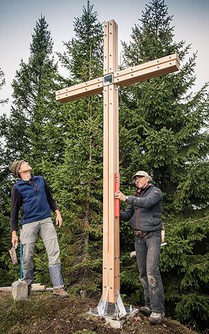 Gipfelkreuz – Wanderempfehlung zum Tennenmooskopf