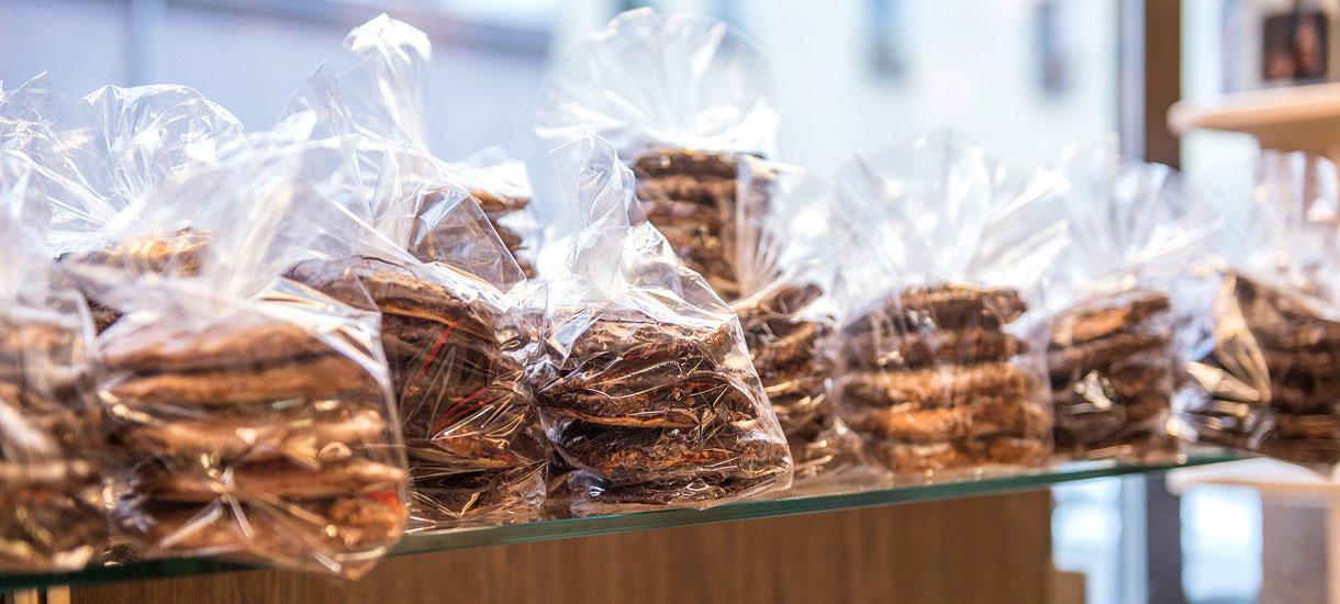 Lebkuchen im Schaufenster des Bäckermeisters Düll