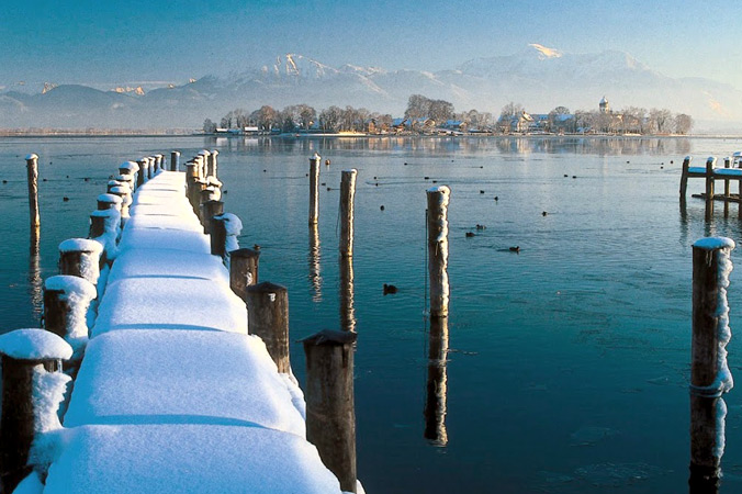 Frauenchiemsee im Advent (Foto: Prien Marketing GmbH / Kurt Schubert)