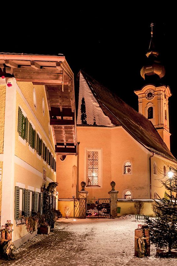 Kirche und Schule ins Arnsdorf