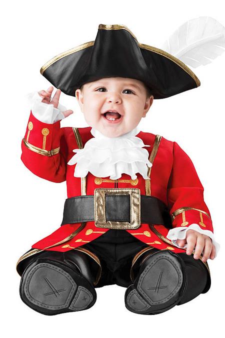 Verkleidung im Fasching - Piratenkapitänskostüm