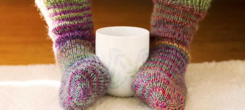 Erkältung: Socken und aufwärmen
