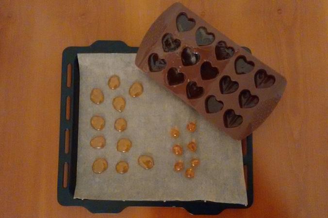 Hustenbonbons selber machen: Hustenbonbons formen