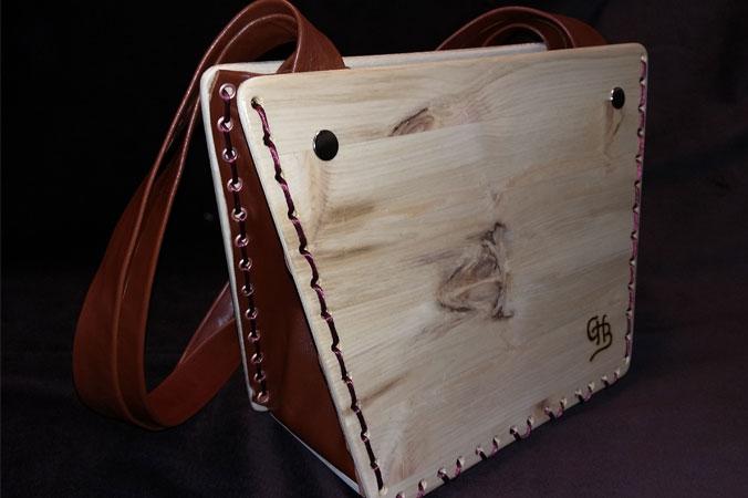 Handtaschen aus Holz: Holzhandtasche