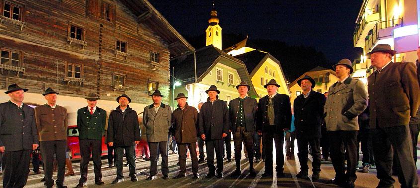 Osterbräuche im Alpenland – Ölberg- und Leiden-Christi-Singen in Großarl