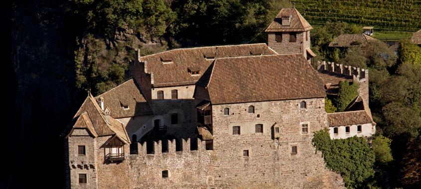 Ostereiersuche Schloss Runkelstein