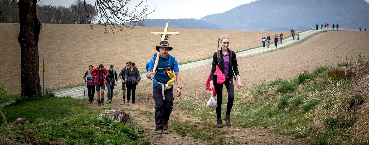 Vierbergelauf – Pilger beim Vierbergelauf in Kärnten