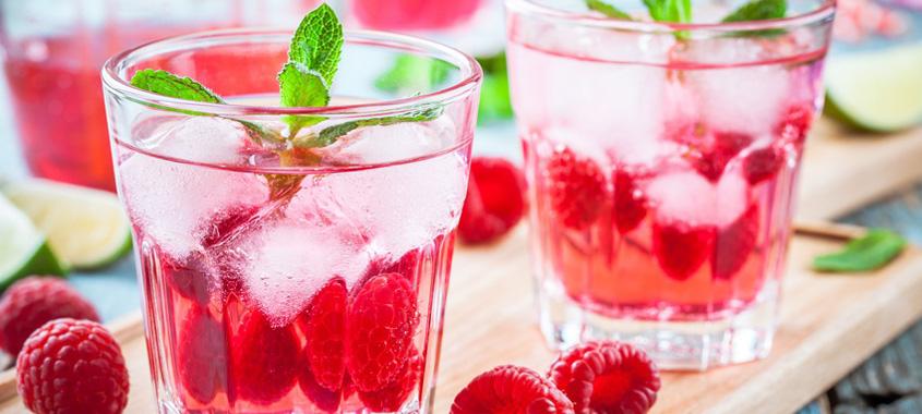 Himbeer-Rezepte: Himbeer-Spritz im Glas