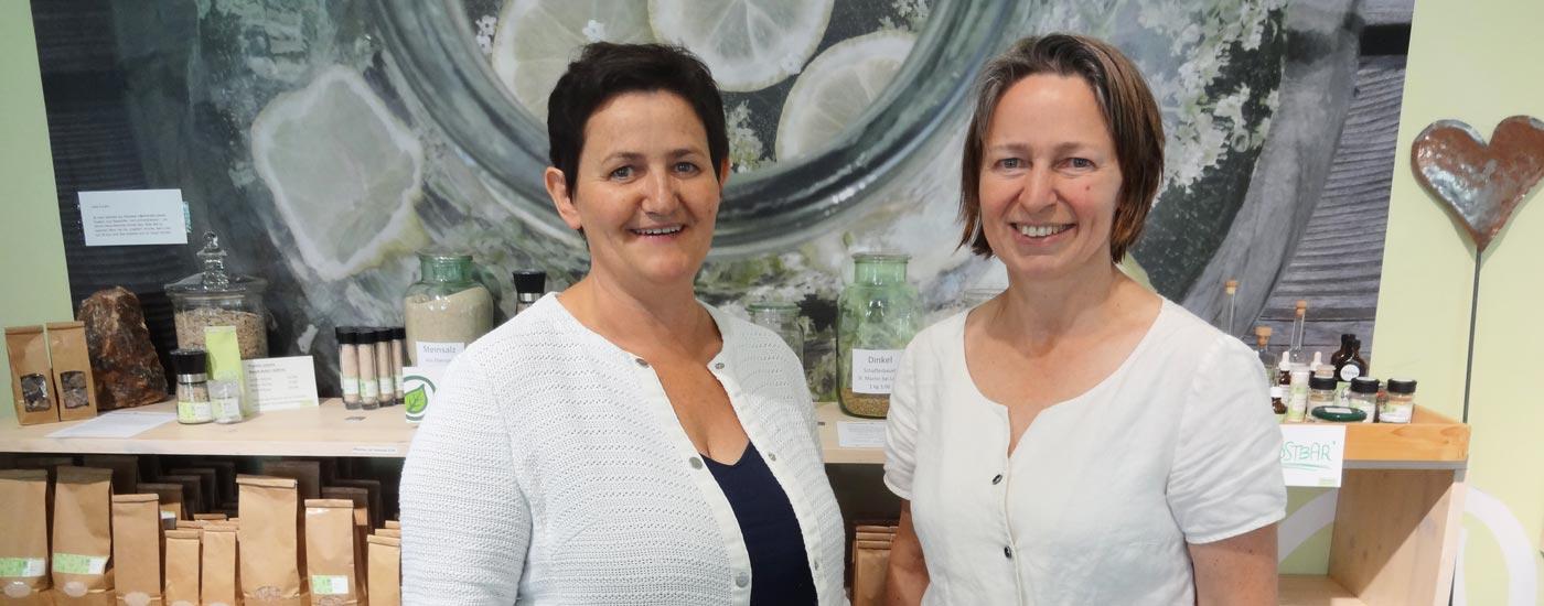 Pinzgauer Heilwissen: Theresia Harrer und Karin Buchart vom TEH Verein in Unken