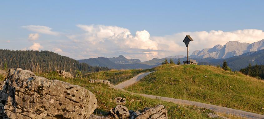 Berggottesdienst zum Erntedank auf der Winklmoosalm: Gipfelkreuz auf der Winklmoos-Alm