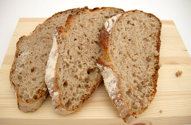 Brot einfrieren: Weizenmischbrot