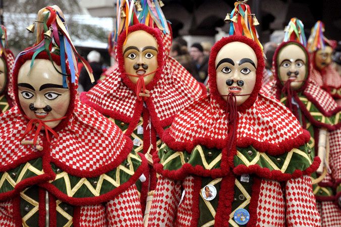 Veranstaltungstipps Februar: Faschingsumzug mit traditionellen Masken