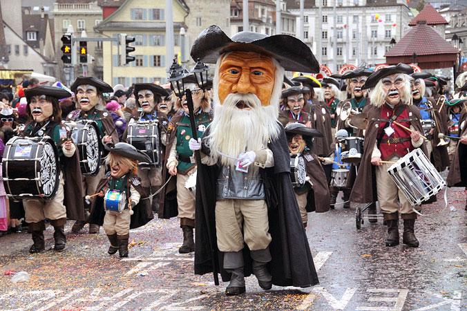 Veranstaltungstipps Februar: Maskenumzug bei der Luzerner Fasnacht