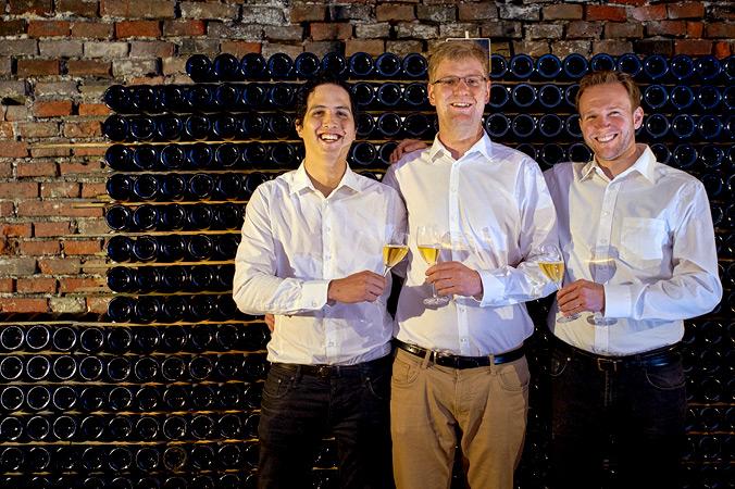 Donatus Duran Perez, Stefan Hör und Daniel Martin brauen das Champagnerbier
