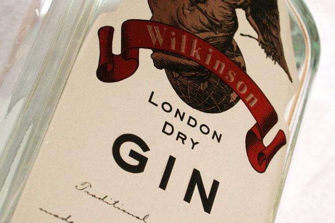 London Gin: Pflanzenauszüge, Wasser – und sonst nichts
